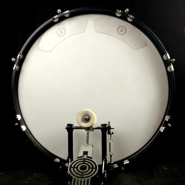 kick damper on drum
